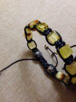 Мужские браслеты из настоящего янтаря,выполнены